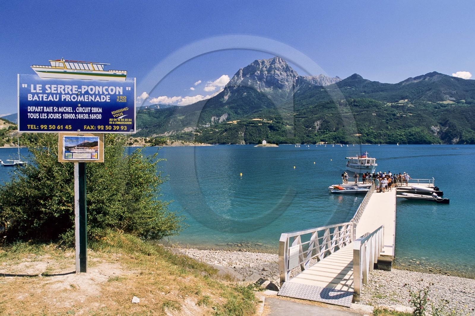 Lac Serre Poncon : Chapelle saint michel prunières serre ponçon hautes alpes